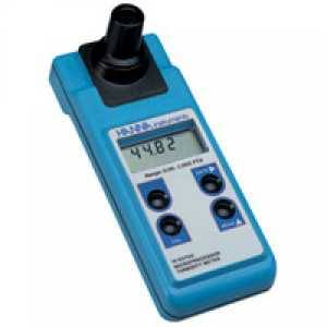 HI93703-11 Turbidity Portable according to ISO 7027, with data storage and RS232 port